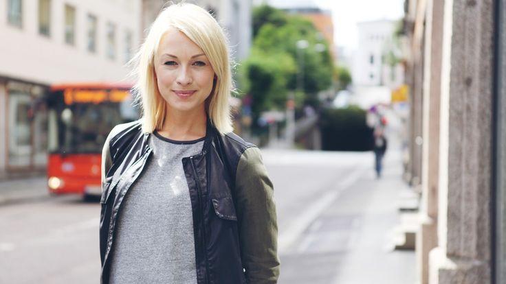 – Det er deilig med en Disney-prinsesse som ikke bare er rosa, sier May Kristin Kaspersen fra Steinberg, den norske stemmen til Anna i Frost.