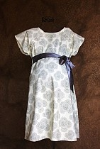Maternity hospital delivery gown -- genius. lots of pretty patterns but this one is my favorite.