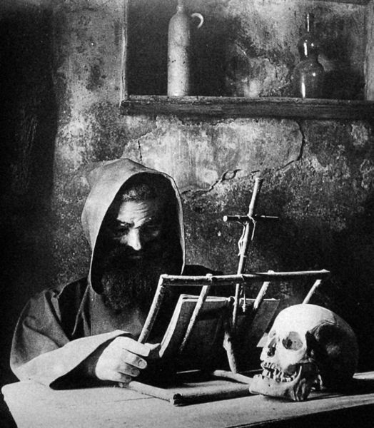 """The monk, a mechanical automata that used to be in the cabana de l'ermità (the """"hermit's cabin"""") in the Parc del Laberint d'Horta in Barcelona, Catalonia (Spain).c. 1900."""
