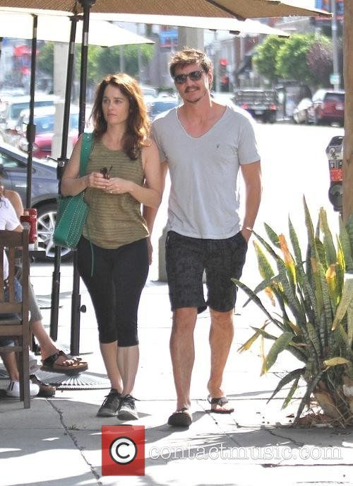 Pedro Pascal and Robin Tunney have breakfast at Kings Road