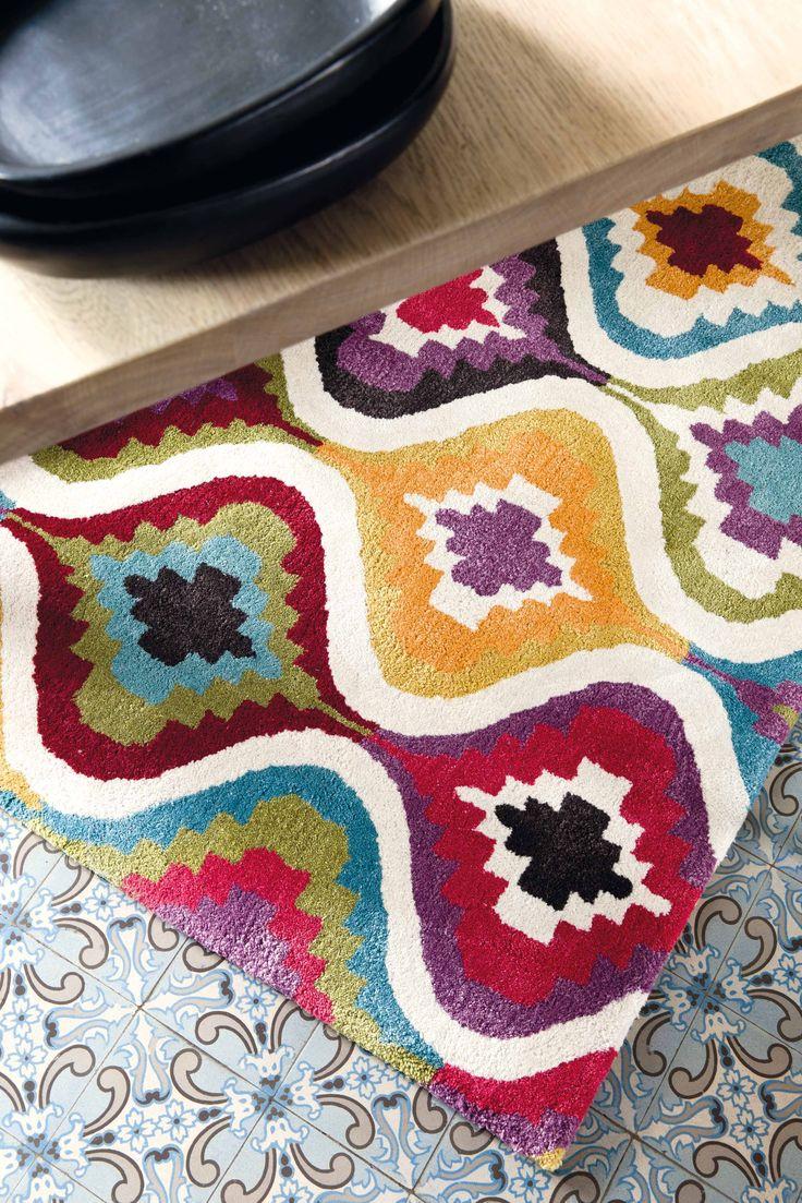 Love Carpet http://heavenrugs.com/carpet/love-modern-60x120-rectangle-209_001_990