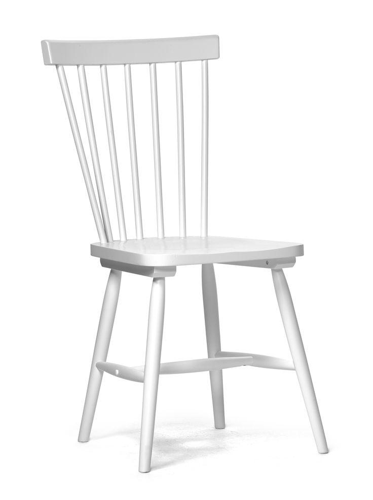 Pinnstol i tidlös design tillverkad i massivt gummiträ . Stolen passar till många utav våra matbord och kan ställas ensam i många rum. Välj mellan flera färger.