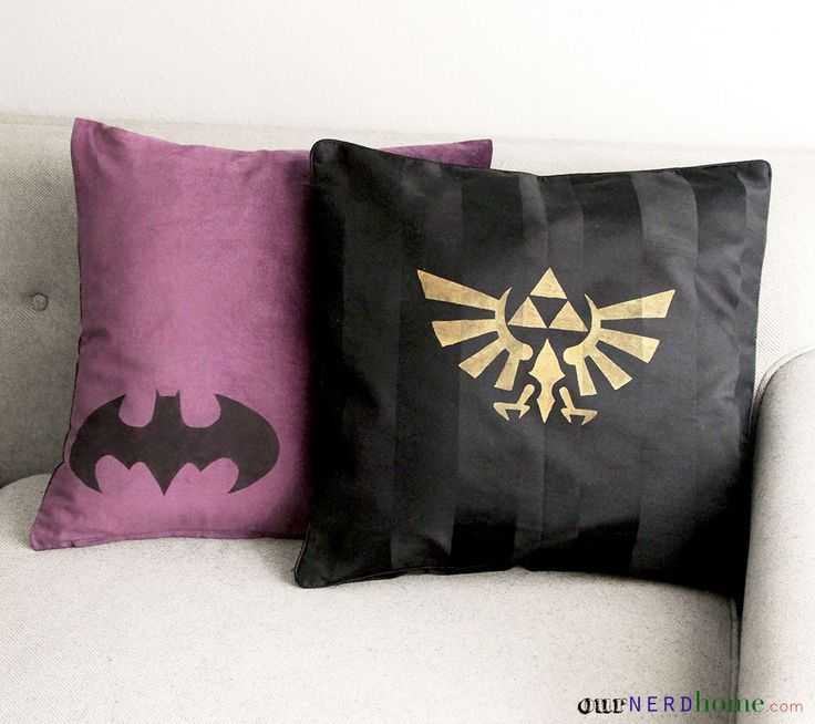 Superior DIY Geek Home Decor: Geek Pillows! Batman, Legend Of Zelda.