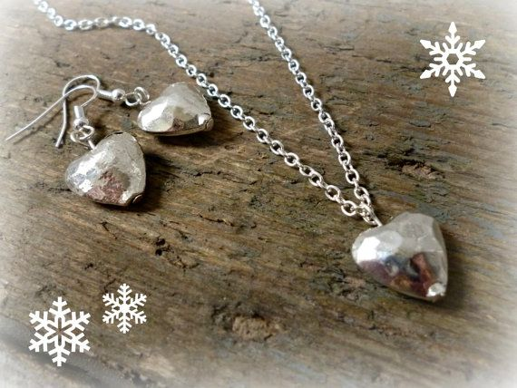Heart Jewellery set Heart necklace and earring set by reccabella
