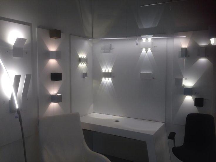 De 97 bedste billeder fra Showroom winkel interieur verlichting ...