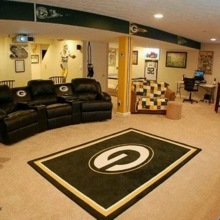 Man Cave Kristan Green : Would love to have a packer basement in my future house