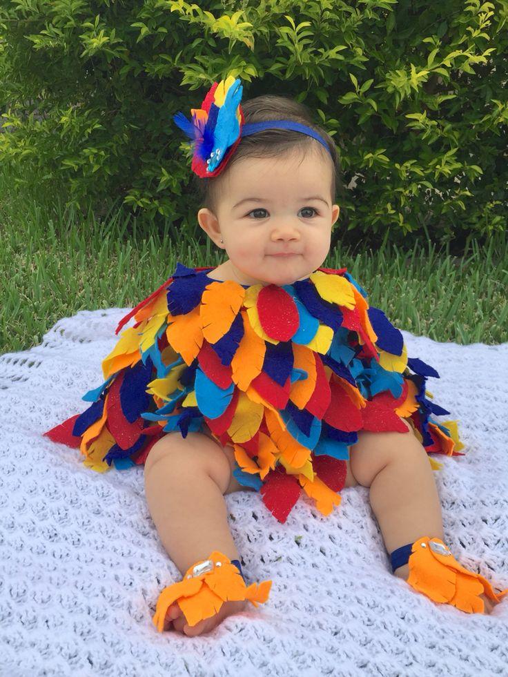 Baby bird costume. Baby parrot costume. Baby Halloween costume. Baby diy costume