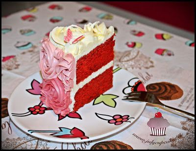 My Cupcakes and Cakes World: RED VELVET CAKE WITH CREAM CHEESE FROSTING