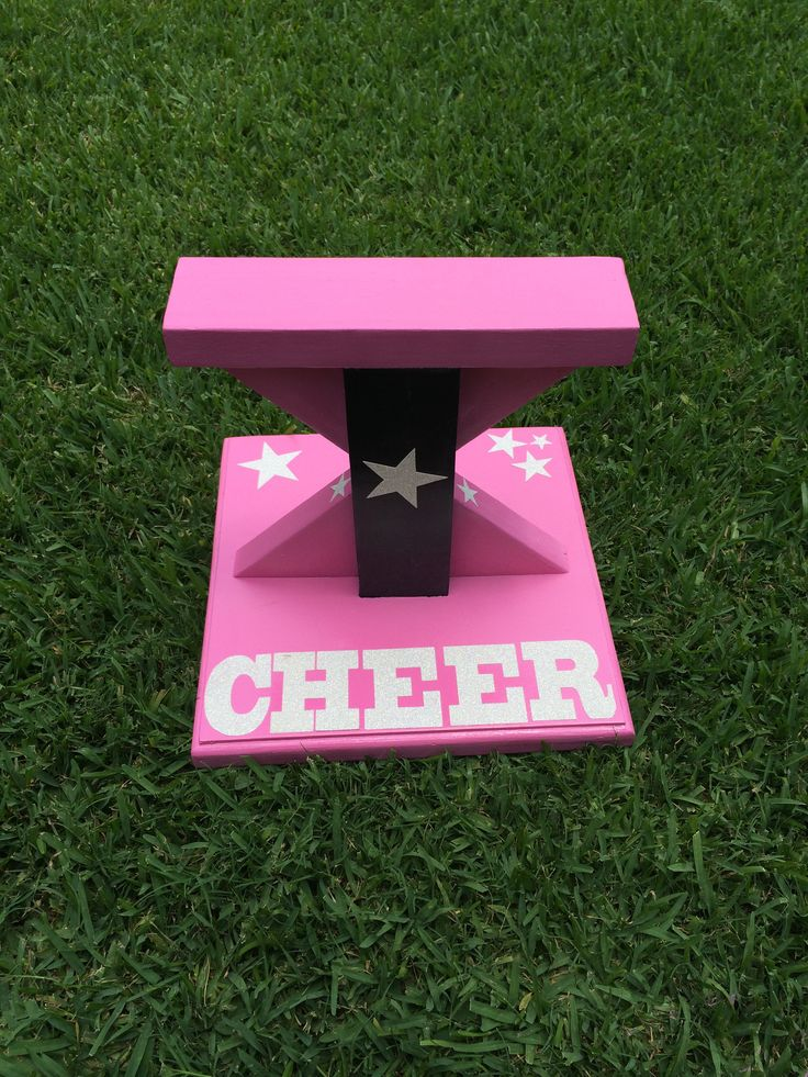 Cheer Flyer Stand-wish I was a flyer so I could use this! But you never know, maybe if I stop growing and loose 30 pounds I could be one in high school lol