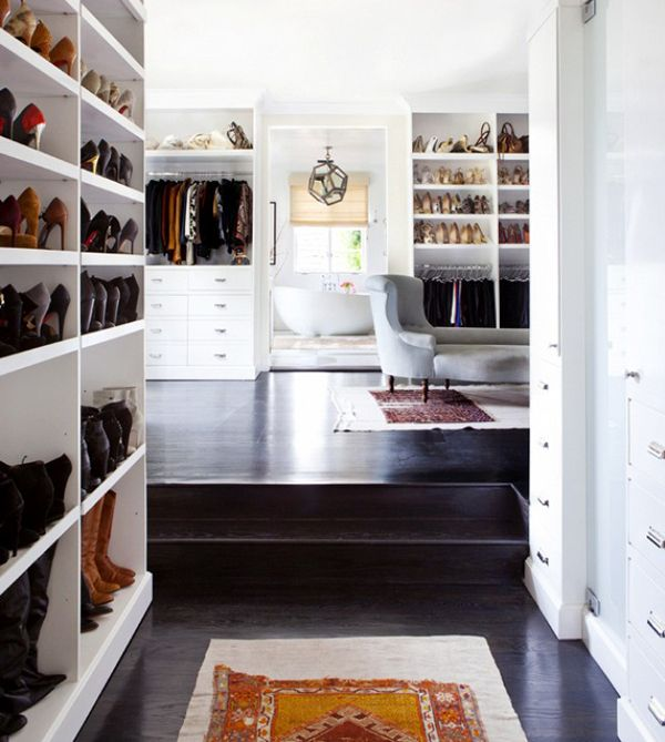 Welcome to my dream walk-in-closet http://gabriellalundgren.com/welcome-to-my-dream-walk-in-closet Read all about my dream walk in closet, and what I would have in it!