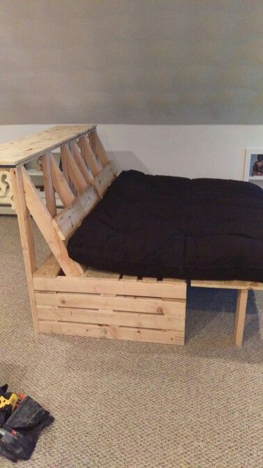 Pallet Futon And Bar More