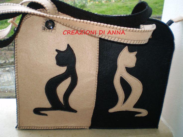 borsa in feltro nero e beige fatto a mano sagoma gatto di Creazionidianna su Etsy