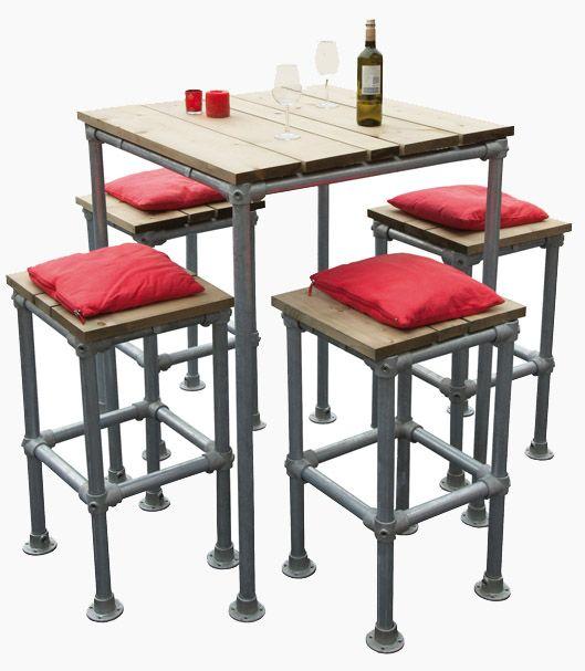 Eenvoudig doe het zelf project voor barkrukken en hoge tafels. De bouwtekeningen voor deze bar meubelen zijn gratis en compleet met instructies.