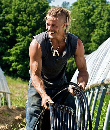 Are you watching the birthday boy??? #farmkings
