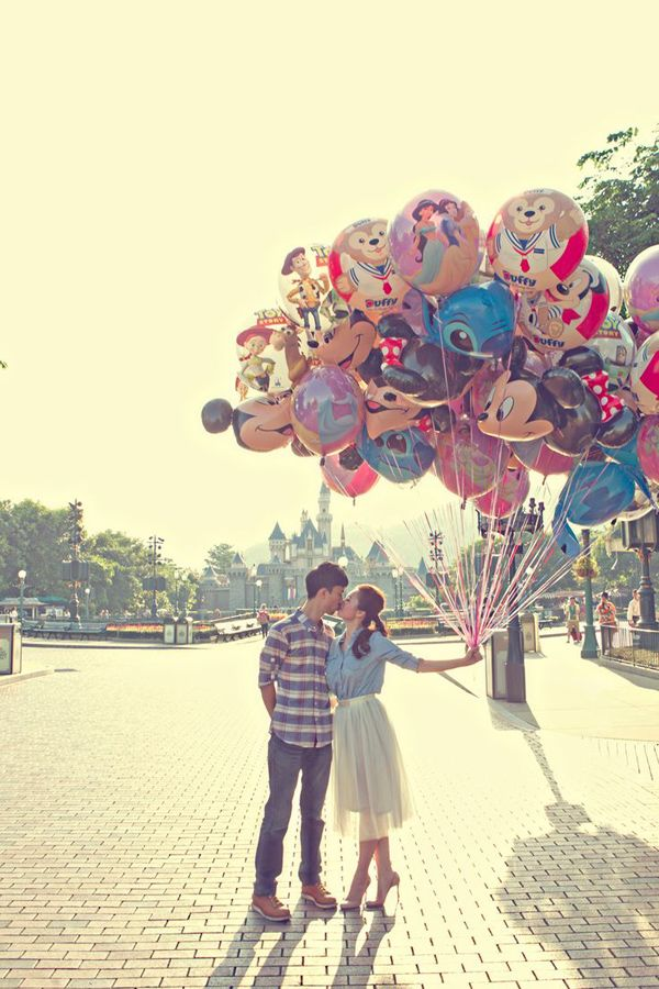 Disneyland engagement session! Engagement Shoot Inspiration: 15 Couple Poses You've Just Got To Try!