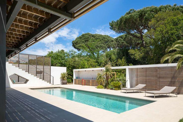 villa-bois-comtemporaine-provence-15.jpg
