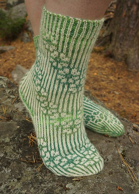 Call Them Cherry Blossoms is my first fully stranded toe up sock pattern. It's the perfect pattern to play with reversed colors or color dominance.
