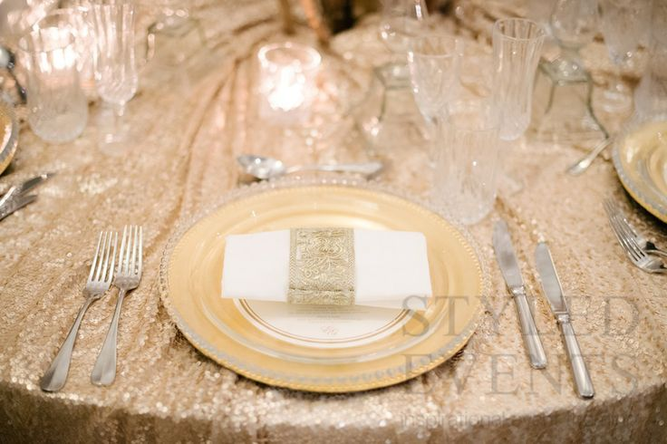 EXHIBITION ELEGANCE Styled Events at Hillstone St Lucia [SilverEdge Photography] #styledevents #furniturehire #brisbaneevents #queensland #events #eventstyling #exhibitionstyling #hillstonestlucia #styledeventsqld #wedding