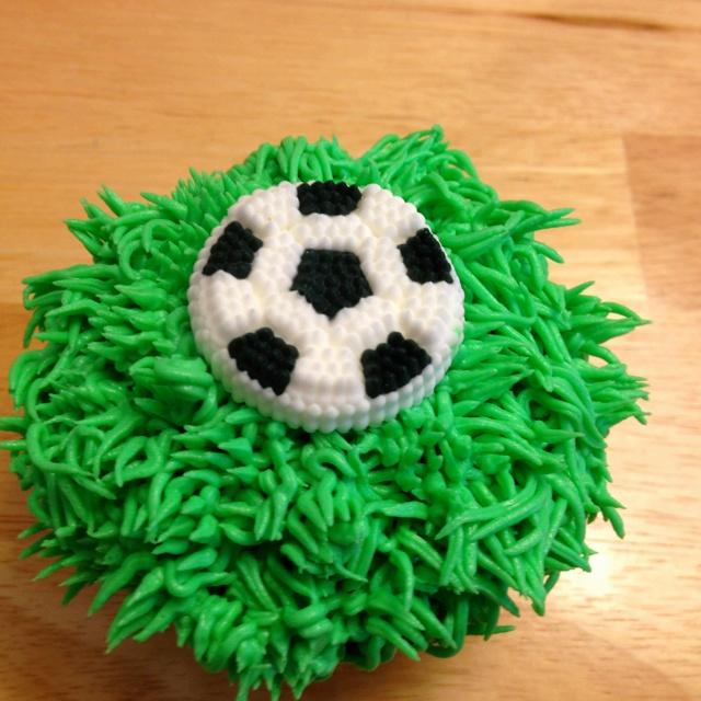 End of soccer season cupcakes