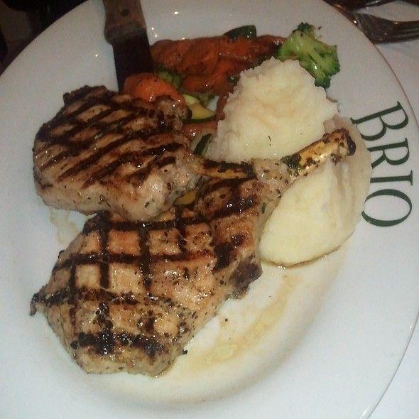 TUSCAN GRILLED PORK CHOPS  Brio Italian Grill Copycat Recipe   Serves 6   6 whole pork chops, 3/4 inch thick  1 (16 oz.) Zesty Italian S...