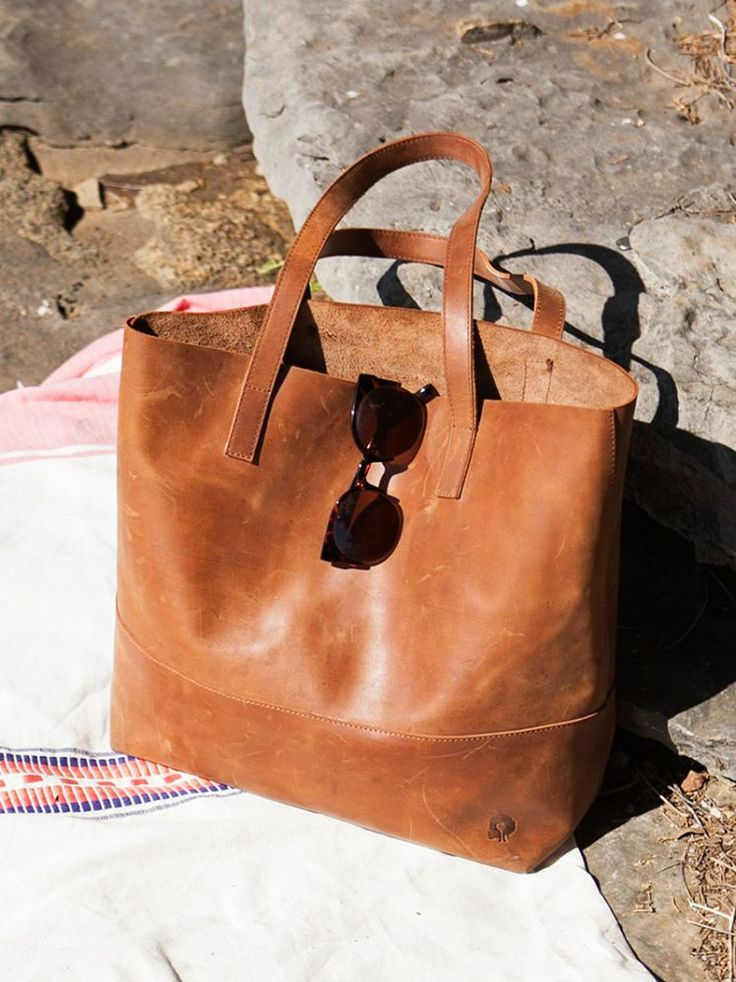 Is This the Best Travel Tote of All Time?