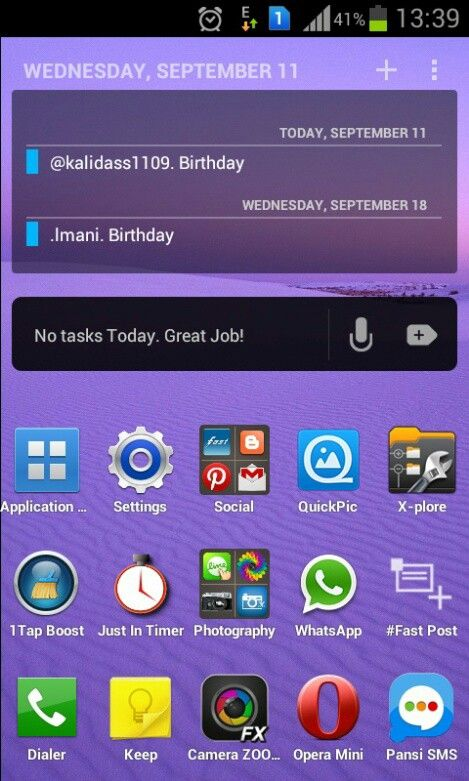 This is my home screen using lightning launcher. Quick access, faster. I'll choose function over fashion.