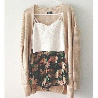 Minus the crop top for me! Need some floral shorts in my
