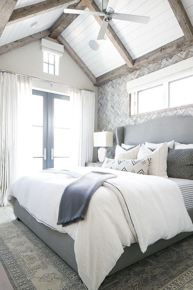 Graue weiße Schlafzimmer-Verzierungs- Ideen living and decorations