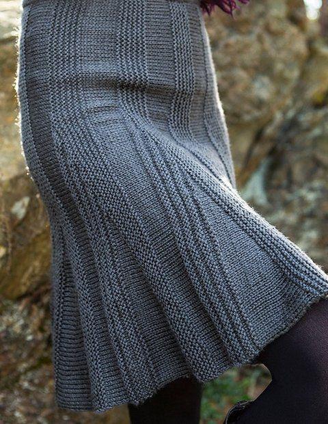 Укороченные ряды или частичное вязание спицами — переход совсем не виден (юбка спицами