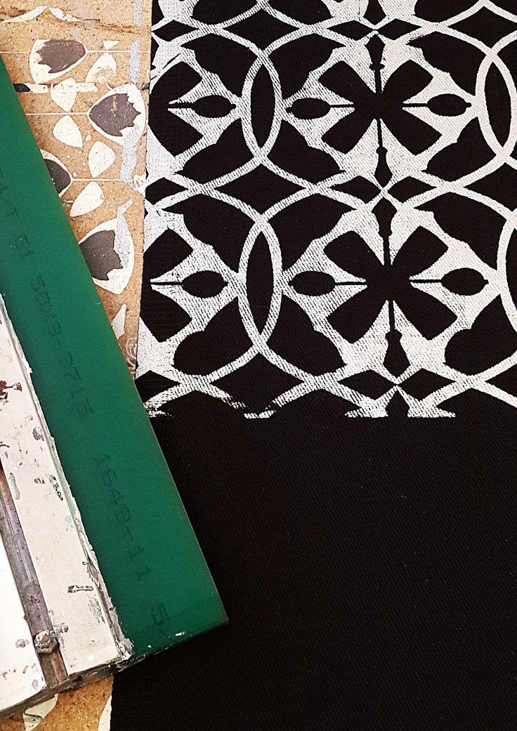 Screen printed geometric glamour