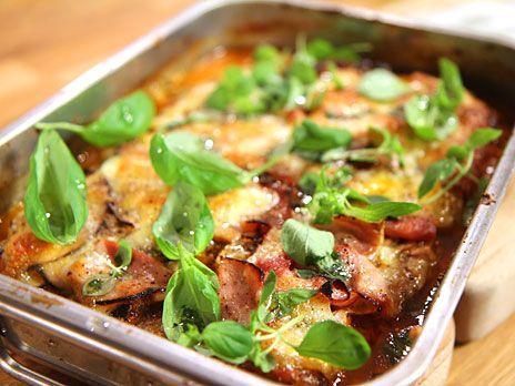 God och lättlagad köttfärslimpa som går snabbt att fixa. Toppa med champinjoner, tomatsås och mozzarella. Mums!