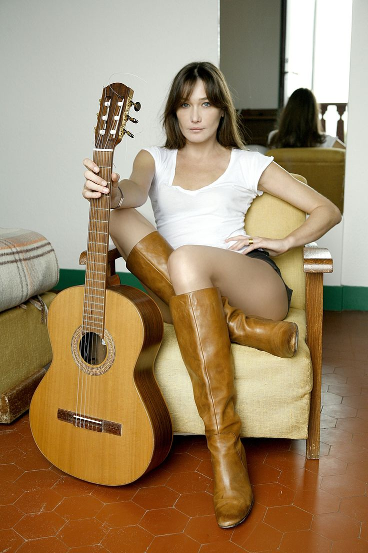 Carla bruni love her music soft with very strong lyrics