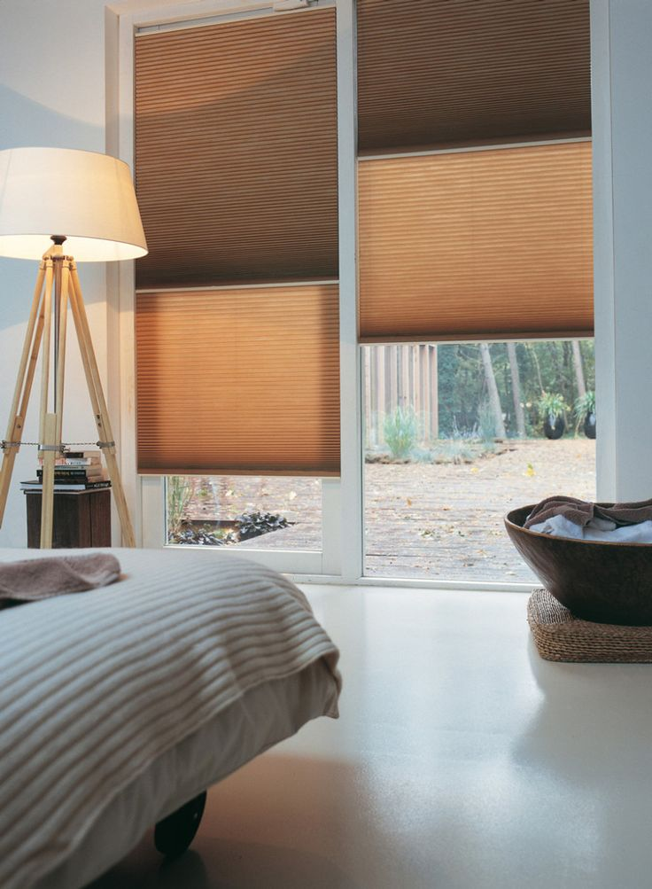 Luxaflex® Duette® Shades - bruin www.cdinterieurs.nl