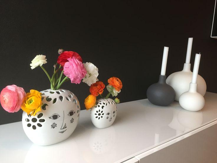Bjørn Wiinblad. Nydelige blomstervaser.