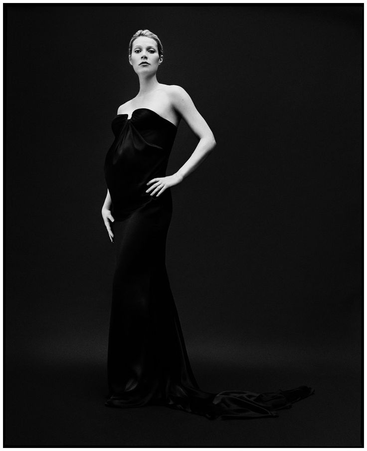 Gwyneth Paltrow – Bryan Adams. I have never been much of a fan of Brian Adams photographic work, but this one is exceptional.