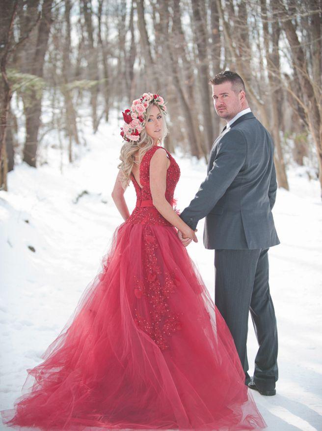 wedding dresses winter color