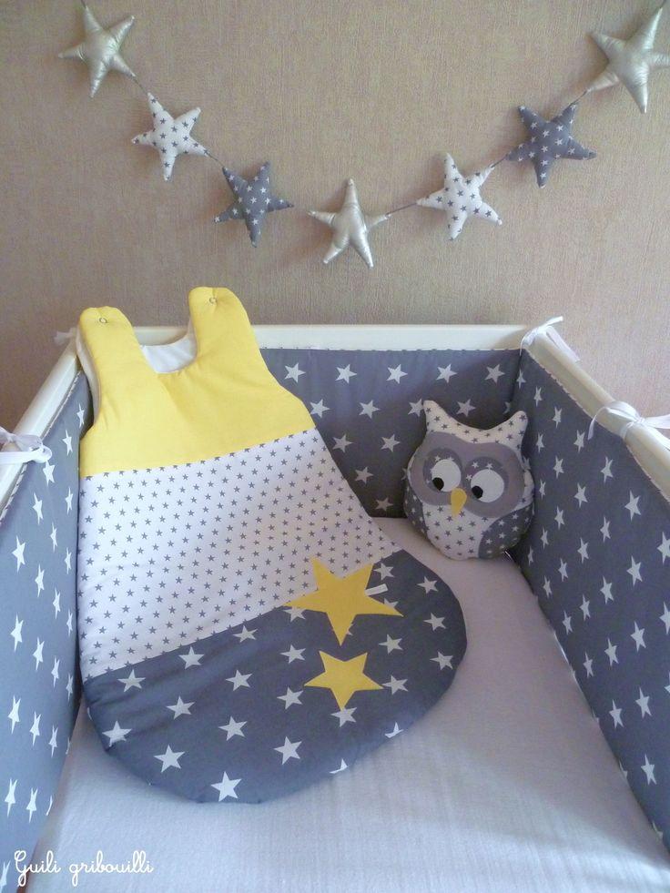 Tour de lit et gigoteuse étoile PATCHWORK gris/jaune citron(modèle déposé) : Linge de lit enfants par guiligribouilli