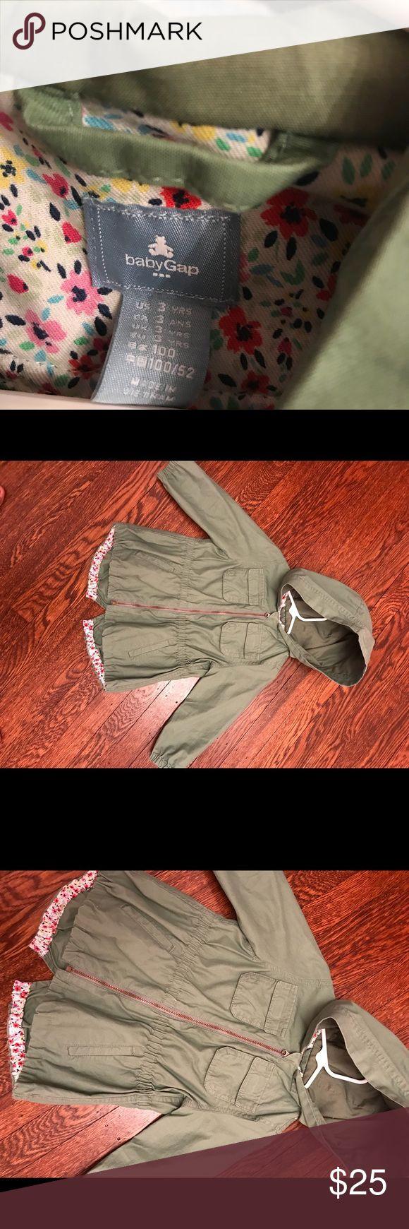 Toddler girls gap jacket size 3 Toddler girls gap jacket size 3 GAP Jackets & Coats