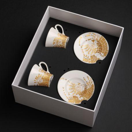 Ręcznie malowane i dekorowane filiżanki w pudełku prezentowym