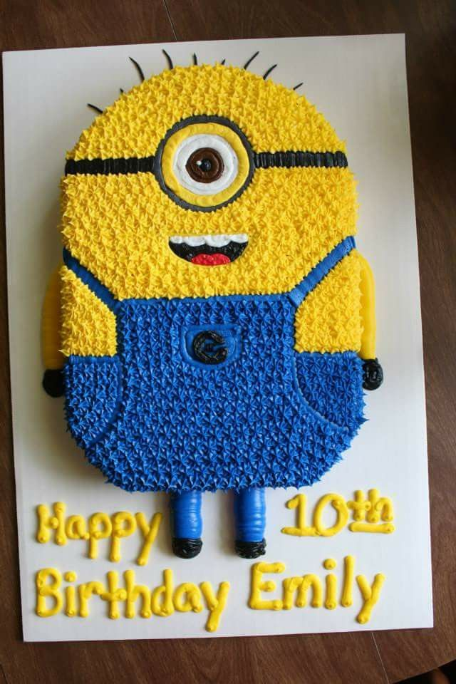 Small Minion Cake Ideas