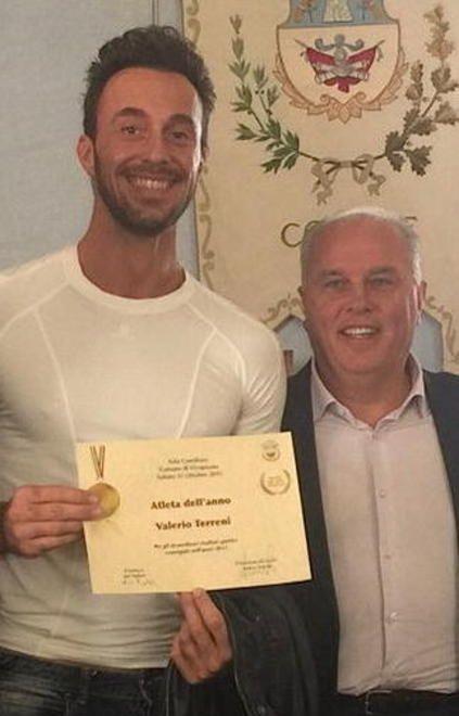 La passerella dei campioni locali - Cronaca - Il Tirreno #Vicopisano premia i suoi atleti con una cerimonia nella sala del consiglio