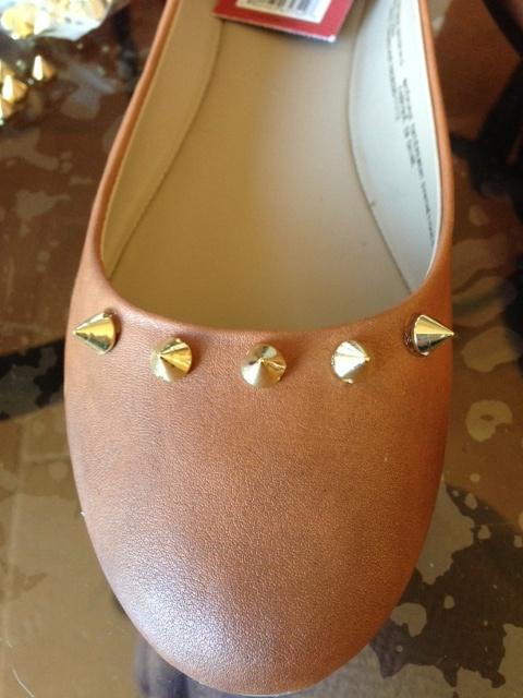SewPetiteGal: Spike It! Easy Shoe DIY