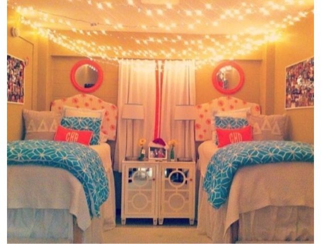Best Dorm Room Blue And Pink Glam Love The Hanging Lights On 400 x 300