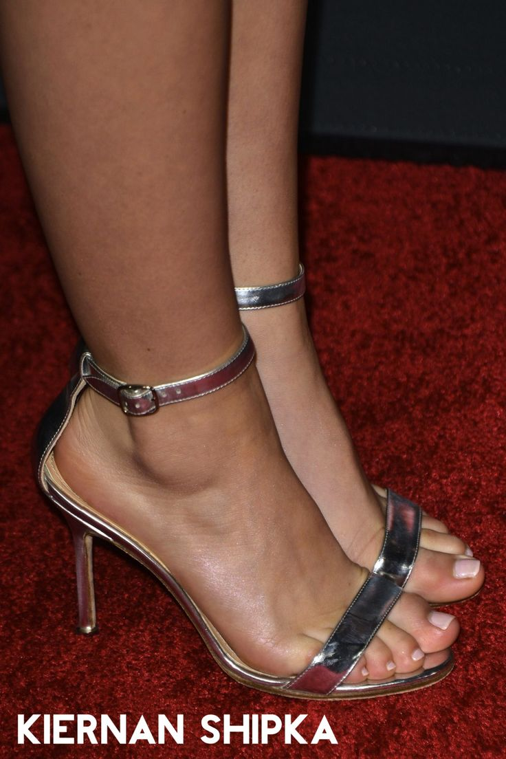 Pin On Celebritiesmodels Feet-7681