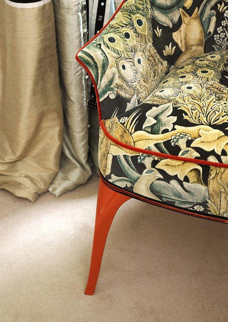 SHARON armchair by MARI IANIQ - contrasting piping underlining the chairs shape. #MARIIANIQ #luxury #bespoke #handmade #SHARON #armchair #contrast #chair #interiors #decor #design