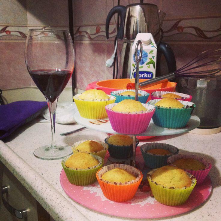 Muffin with pistachio pudding :) #pudding #pistachio #muffin