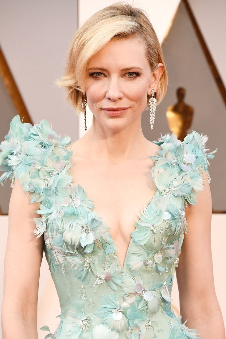 Oscars 2018 Best Jewelry - Top Red Carpet Necklaces ...