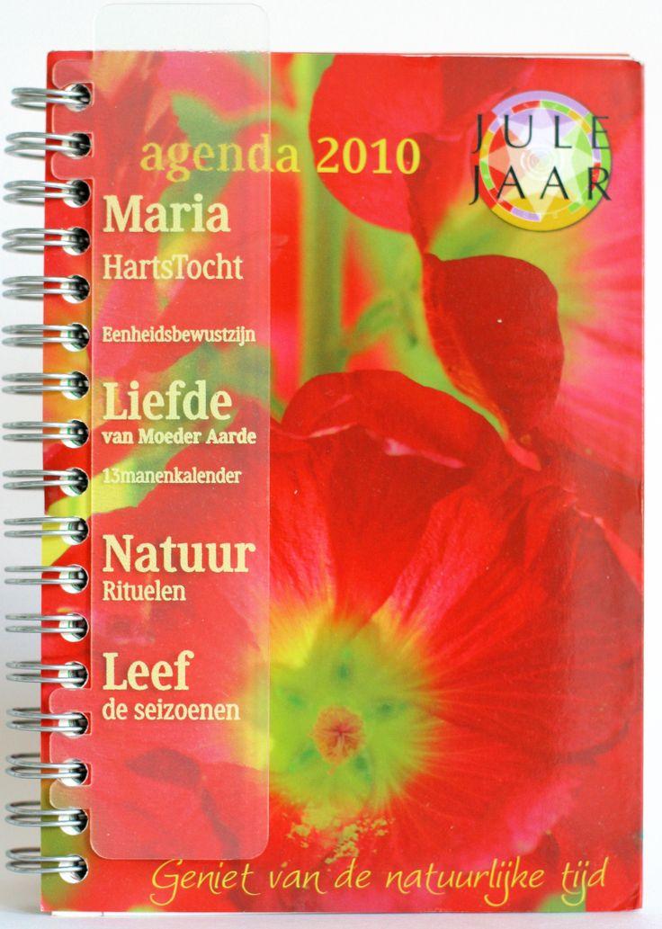 Julejaar agenda 2010. Maria, Maria en de jaarfeesten, leven met het ritme van de natuur: weken, maanden en seizoenen.