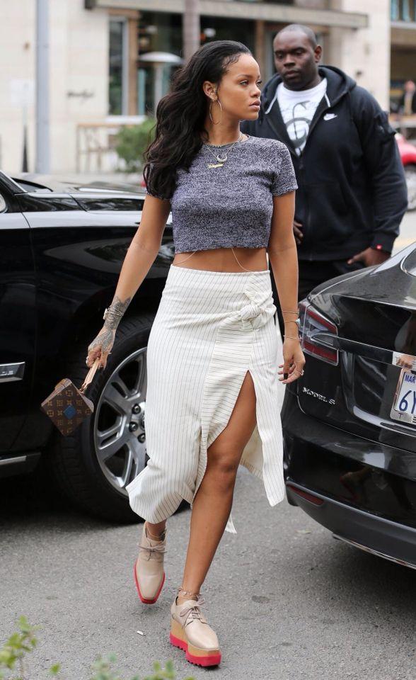 1000 Ideas About Rihanna Street Style On Pinterest Rihanna Street Style 2014 And Cfda Awards