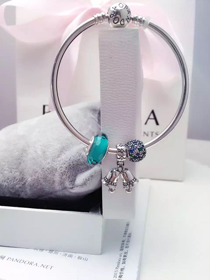 $119 Pandora Bangle Charm Bracelet Green. Hot Sale!